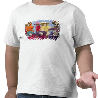 Mexico. Skeletal Catrinas, figures celebrating T-shirt