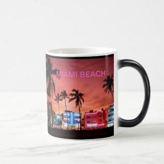 Miami Beach, Florida Morphing Mug