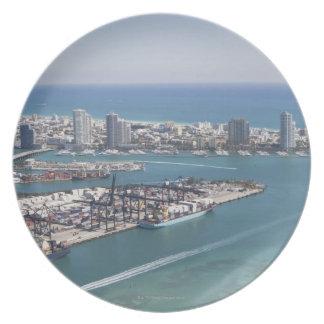 Miami Cityscape 2 Plate