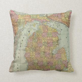 Michigan 4 cushion