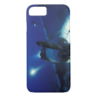 Micronesia, Palau, World Heritage Site. Divers iPhone 8/7 Case