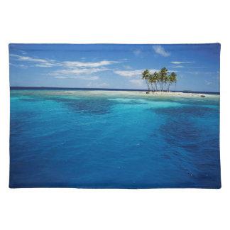 Micronesia, Tonowas, View of idyllic tropical Placemat
