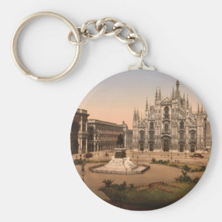 Milan Cathedral and Piazza, Lombardy, Italy Basic Round Button Key Ring