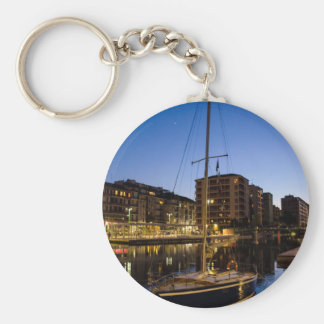 Milan, city on the river basic round button key ring