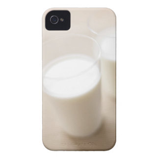 Milk 2 iPhone 4 covers
