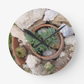 Miniature Rockery Round Clock
