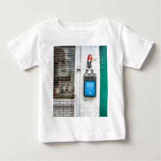 Minicab graffiti girl baby T-Shirt