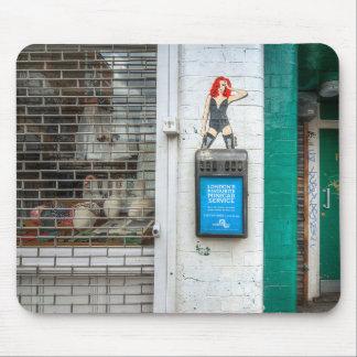 Minicab graffiti girl mouse pad
