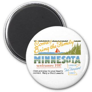Minnesota - Land of Ten Thousand Lakes 6 Cm Round Magnet