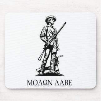 Minuteman statue mouse mat