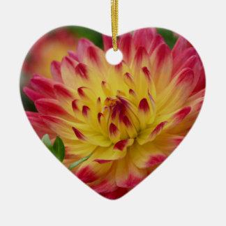 Miscellaneous - Dahlias Patterns Forty-Nine Ceramic Heart Decoration