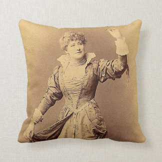 Miss Ellen Terry as Beatrice Cushion