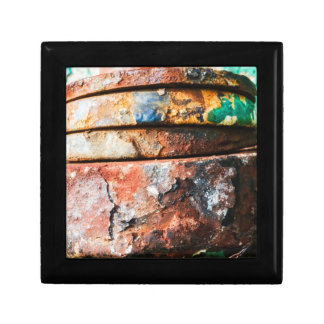 mixed metal race to cake small square gift box