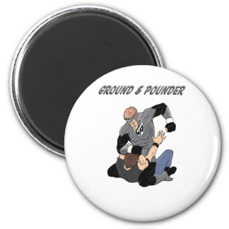 MMA Superhero The Ground and Pounder 6 Cm Round Magnet