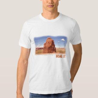 Moab, UT guys tee