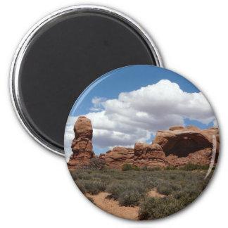 moab utah arch 6 cm round magnet
