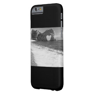 """Mobile phone covering: """"Falling in Love """" Barely There iPhone 6 Case"""