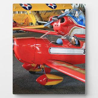 Model aircraft display plaque