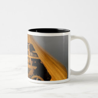 Model reconstruction of da Vinci's design Two-Tone Coffee Mug