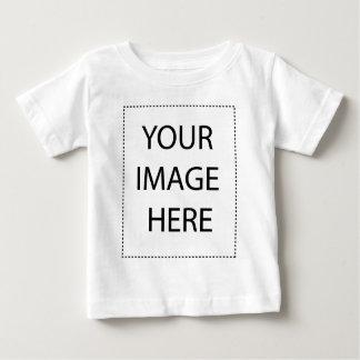Modelo infantil do vertical do t-shirt