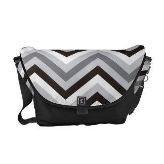 Modern black and white Zigzag Pattern Commuter Bag