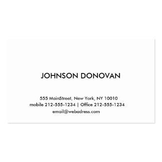 MODERN PROFESSIONAL BUSINESS CARD 01