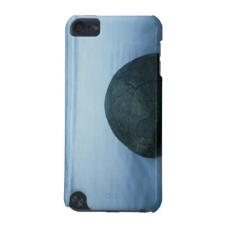 Moeraki Boulders iPod Touch (5th Generation) Cover