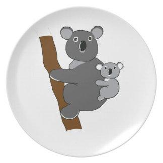 Mom koala plate