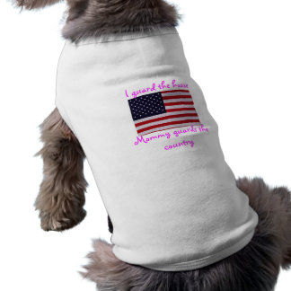 Mommy guards the country sleeveless dog shirt