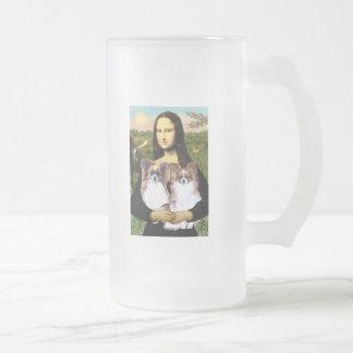 Mona Lisa - two Papillons 16 Oz Frosted Glass Beer Mug
