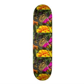 Monarch butterfly on pink marigold-skateboard 21.6 cm old school skateboard deck
