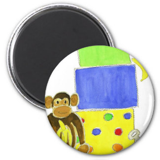 monkey on wagon and gifts 6 cm round magnet