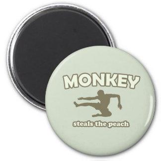 Monkey Steals the Peach 6 Cm Round Magnet