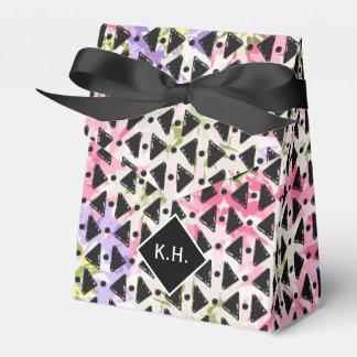 Monogram colourful criss cross weave pink black party favour boxes