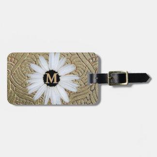 Monogrammed Daisy   Elegant Gold Girly Boho Luggage Tag