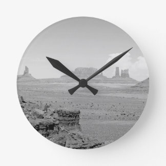 Monument Valley (black and white) 2 Round Clock