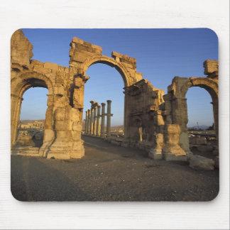 Monumental Arch, Palmyra, Homs, Syria Mouse Mat