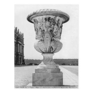Monumental vase, allegory of defeat of Turks Postcard