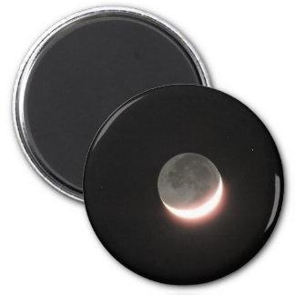 Moon Magnet 001