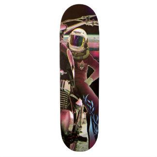 Moon Rider - Retro Skateboard