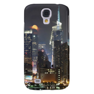 Moon rises over midtown New York. Galaxy S4 Case