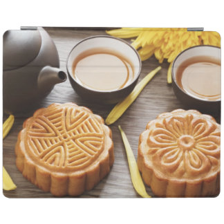 Mooncake and tea,Chinese mid autumn festival iPad Smart Cover