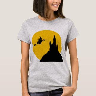 Moonlight Witch happy halloween women t-shirt