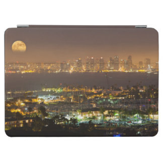 Moonrise over the San Diego skyline iPad Air Cover