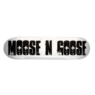 moose N goose Skate Board