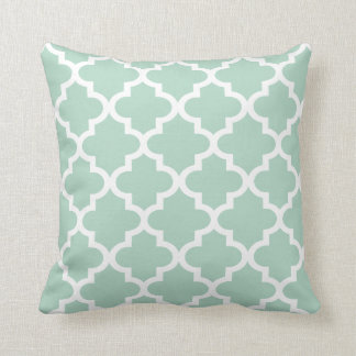 Moroccan Quatrefoil Pattern | Mint Green Cushion