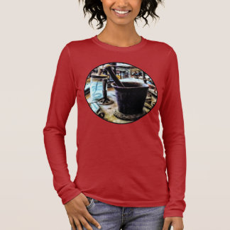 Mortar and Pestle in Chem Lab Long Sleeve T-Shirt