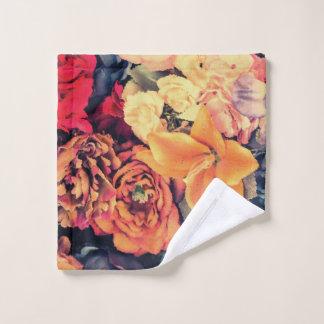 Mosaic Autumn Flowers Wash Cloth