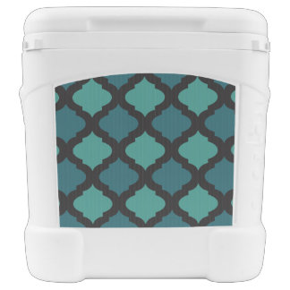 Mosaic pattern in arab style rolling cooler