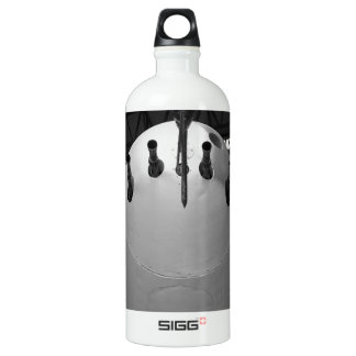 Mosquito, the wooden wonder. SIGG traveller 1.0L water bottle